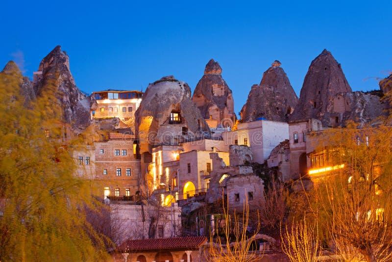 Nacht-Goreme-Stadt, die Türkei stockfotografie