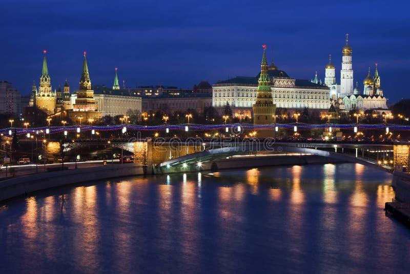 Nacht het Kremlin, Moskou, Rusland royalty-vrije stock afbeelding
