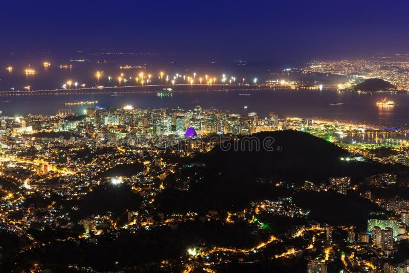 Nacht luchtmening van Centro, Lapa, Flamengo en ?athedral. Rio de Janeiro royalty-vrije stock afbeeldingen