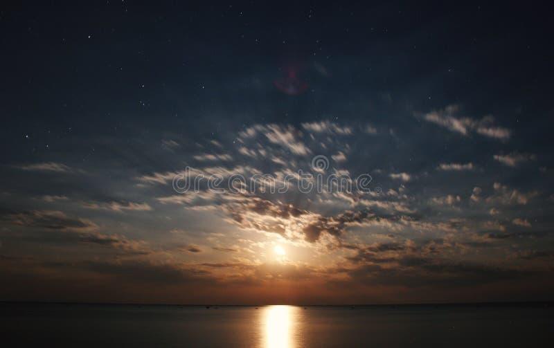 Nacht met Maanlicht stock fotografie