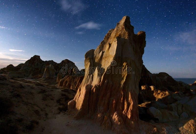 Nacht op woestijnplaats in oostelijk Kazachstan royalty-vrije stock afbeeldingen