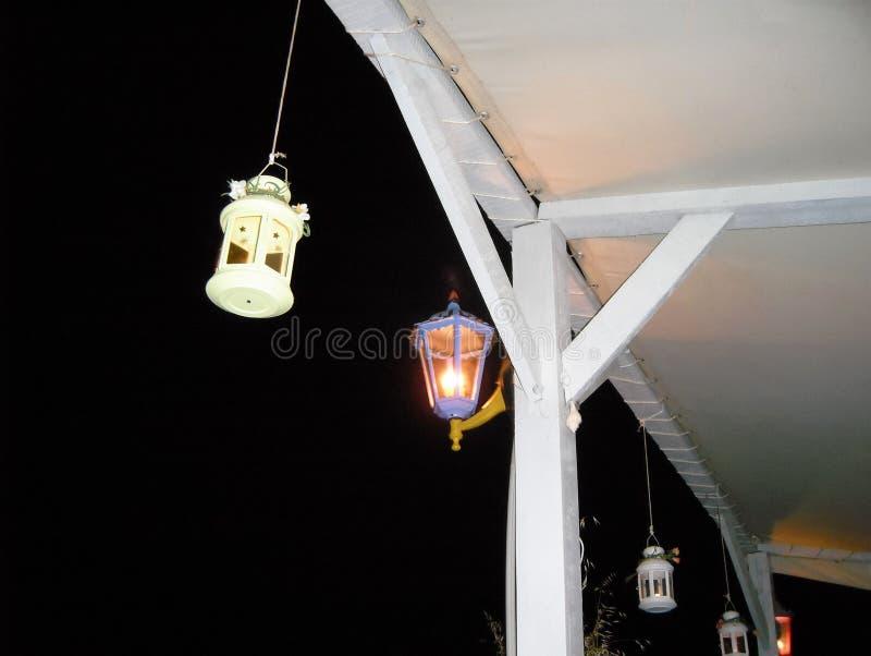 Nacht openluchtlantaarns stock afbeeldingen