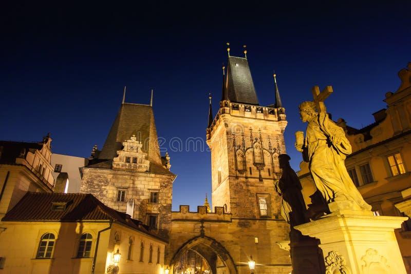 Nacht Praag royalty-vrije stock afbeelding