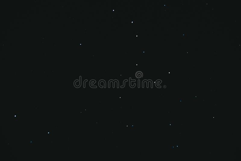 nacht sterrige hemel Nachthemel met veel Sterren Heel wat sterren op een donkere achtergrond stock afbeeldingen