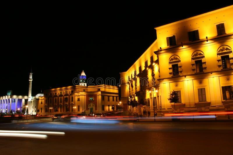 Nacht Tirana stockfotos