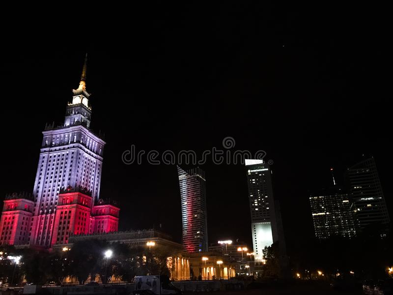 Nacht Warschau stockfotos
