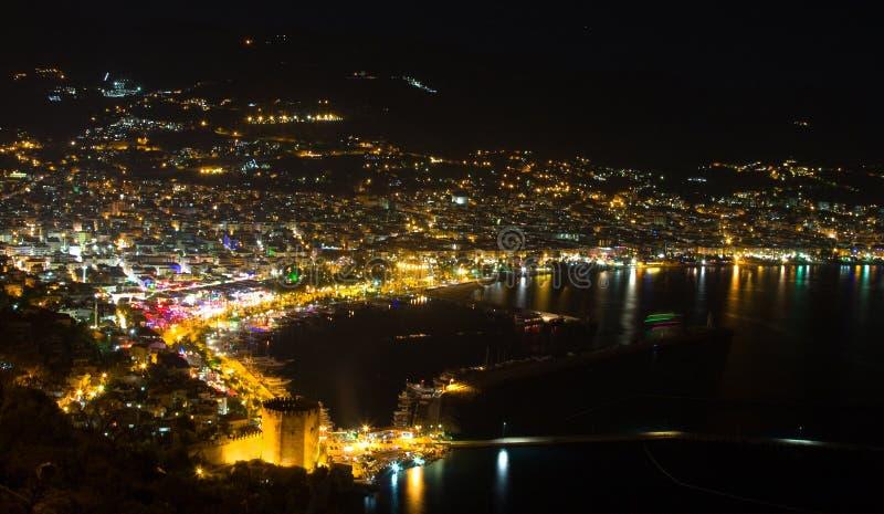 Nachtansicht beim Alanya stockbilder