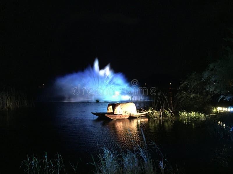 Nachtansicht der Blumenstadt herein lizenzfreies stockfoto