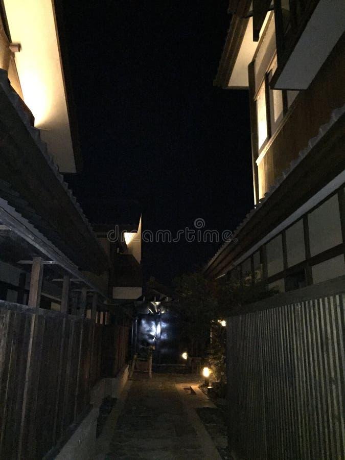 Nachtansicht der Blumenstadt herein stockfotos
