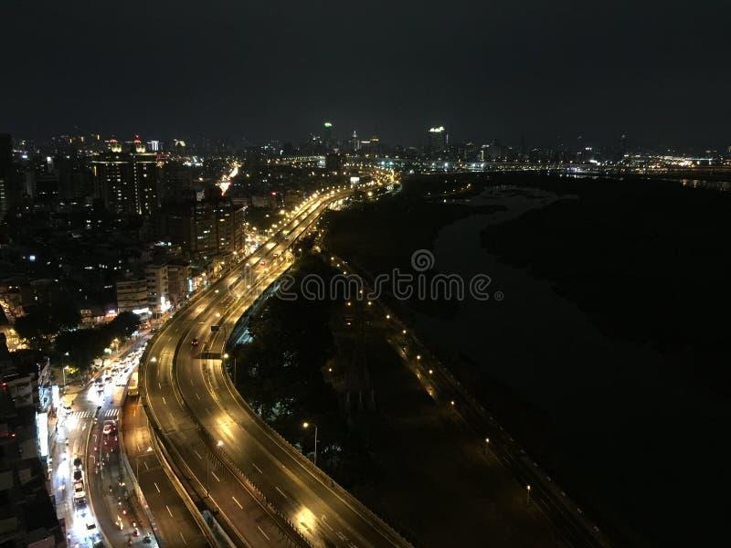 Nachtansicht in Taipeh stockfotos