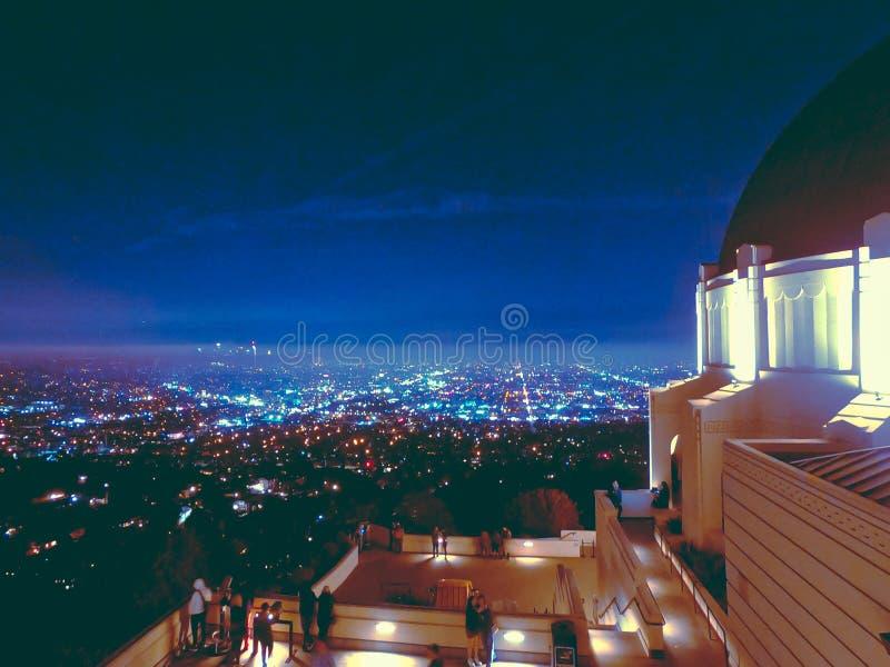 Nachtansichten vom Griffith-Observatorium lizenzfreies stockbild