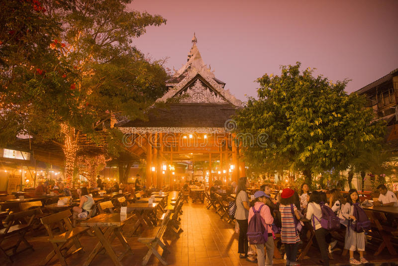 NACHTbasar-MARKT THAILANDS CHIANG RAI stockfoto