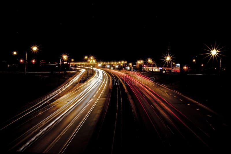 Nachtdatenbahn lizenzfreie stockfotografie