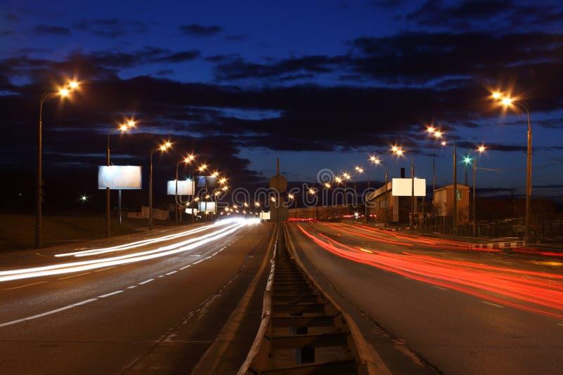 Nachtdatenbahn stockbilder