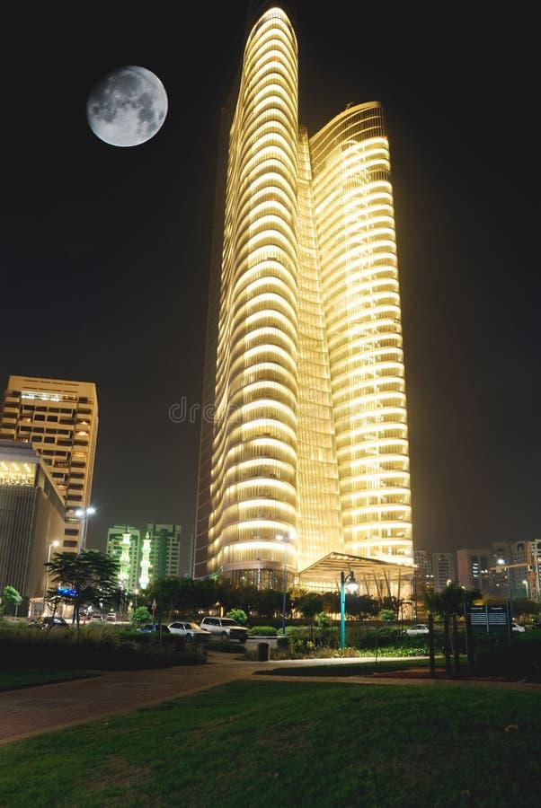 Nachtgebäude Lizenzfreie Stockbilder