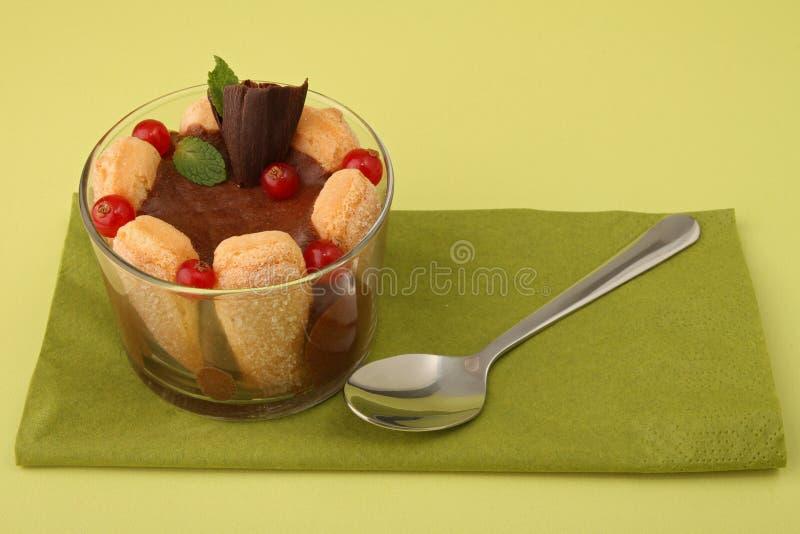 Nachtisch, Biskuit und Schokolade lizenzfreie stockfotos