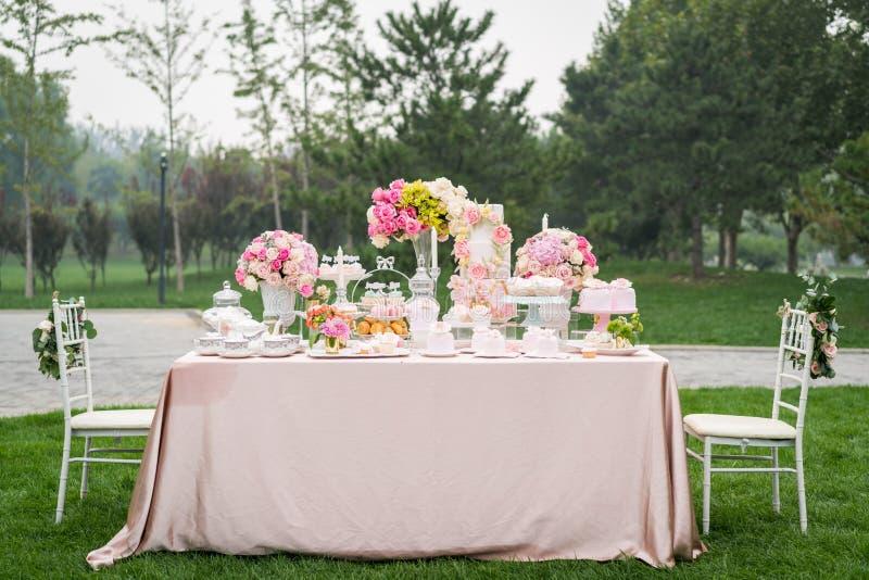 Nachtisch an der Hochzeit stockfotografie
