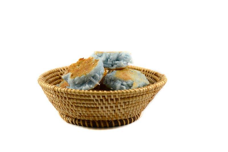 Nachtisch im Korb lizenzfreies stockfoto