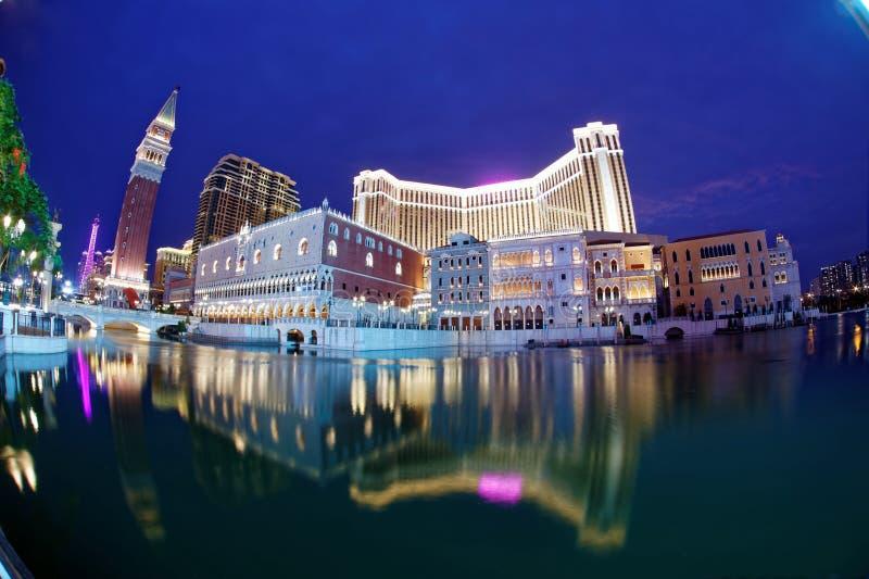 Nachtlandschap van de extravagante buitenkant van Venetiaans Macao stock afbeeldingen