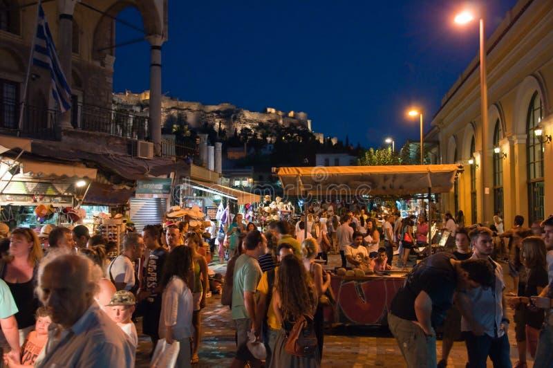 Nachtleben in Plaka am 1. August 2013 in Athen, Griechenland. stockfotos