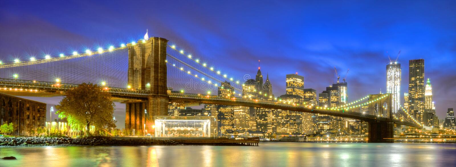 Nachtlichter in New York City stockbilder