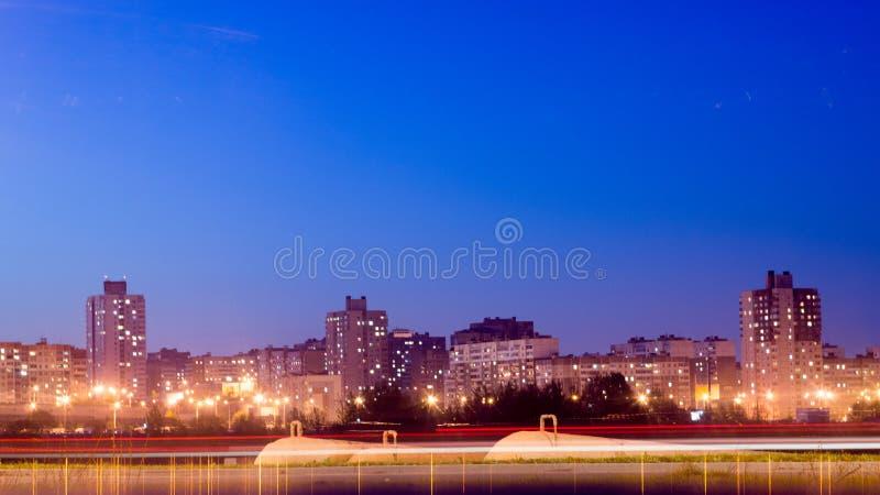 Nachtm9 weg Minsk stock fotografie