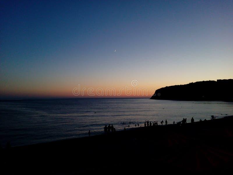 Download Nachtmeer stockbild. Bild von meer, nacht, strand, schacht - 96928103