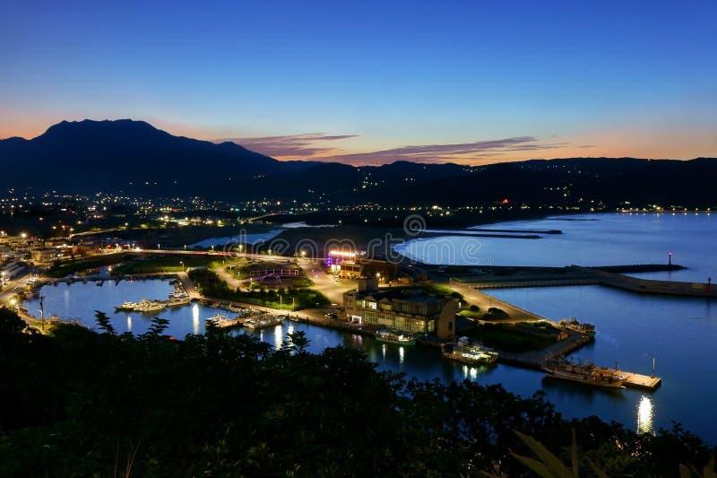 Nachtmening van de huanggang visserijhaven stock foto