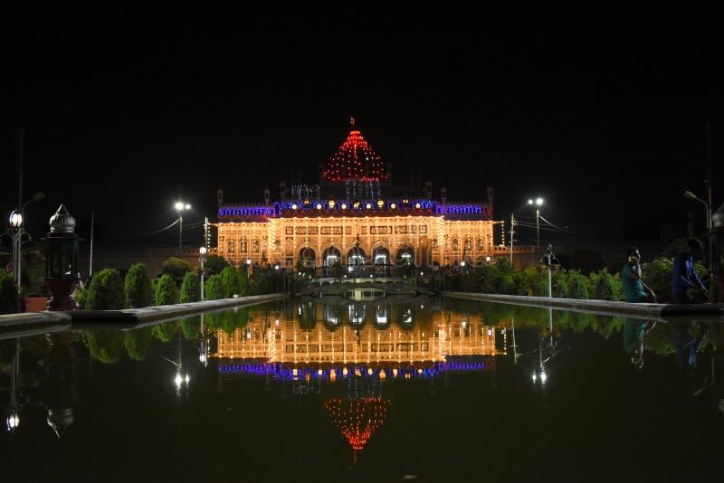 Nachtmening van Imambara, Lucknow, India stock foto's
