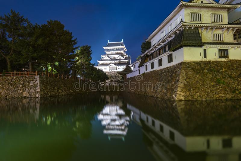 Nachtmening van Kokura-Kasteel bij nacht in Fukuoka, Japan royalty-vrije stock fotografie