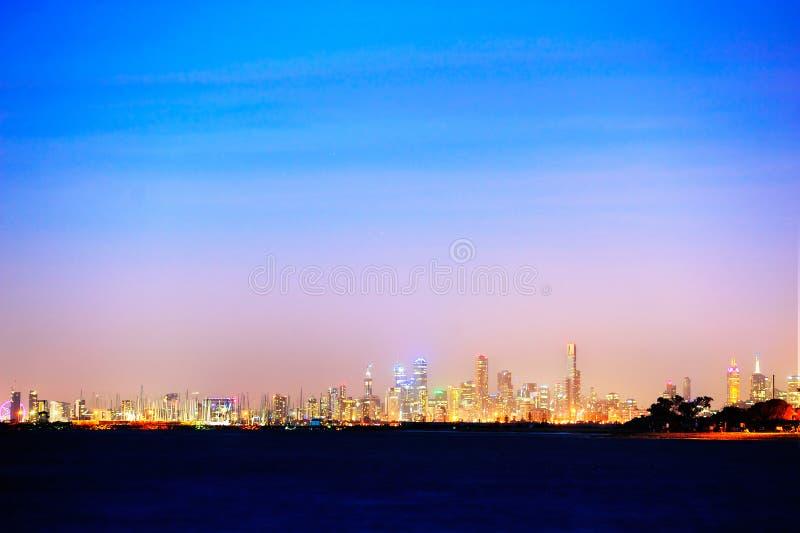 Nachtmening van Melbourne royalty-vrije stock afbeelding