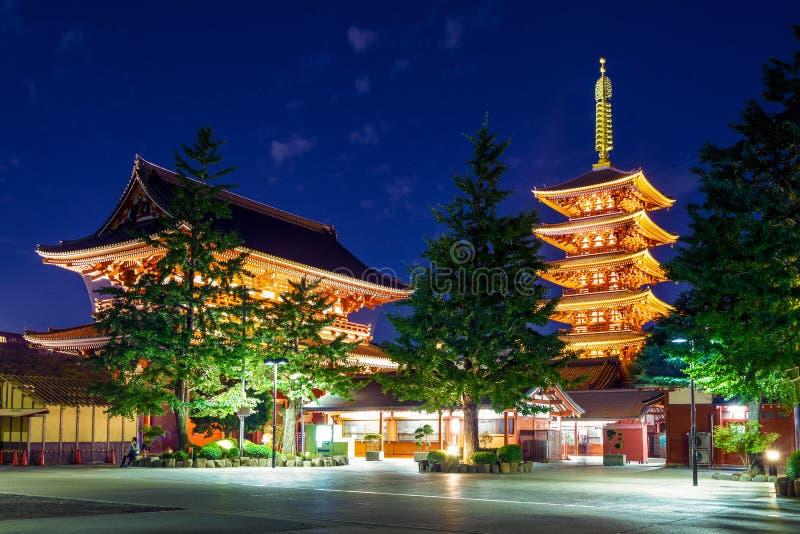 Nachtmening van sensoji, een oude Boeddhistische tempel royalty-vrije stock foto