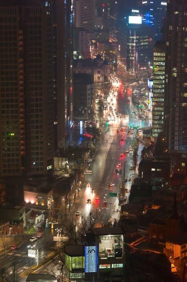 Nachtmening van straten van Seoel van de binnenstad Korea royalty-vrije stock foto's