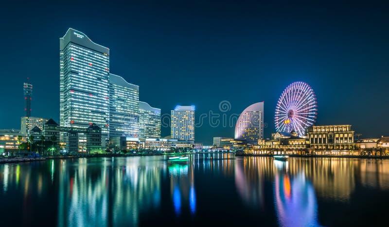 Nachtmening van Yokohama-Cityscape bij het district van de waterkant van Minato Mirai royalty-vrije stock afbeelding