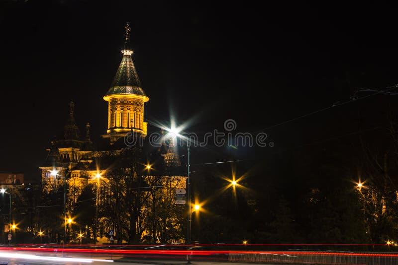 Nachtsichtkathedrale Timisoara stockbilder