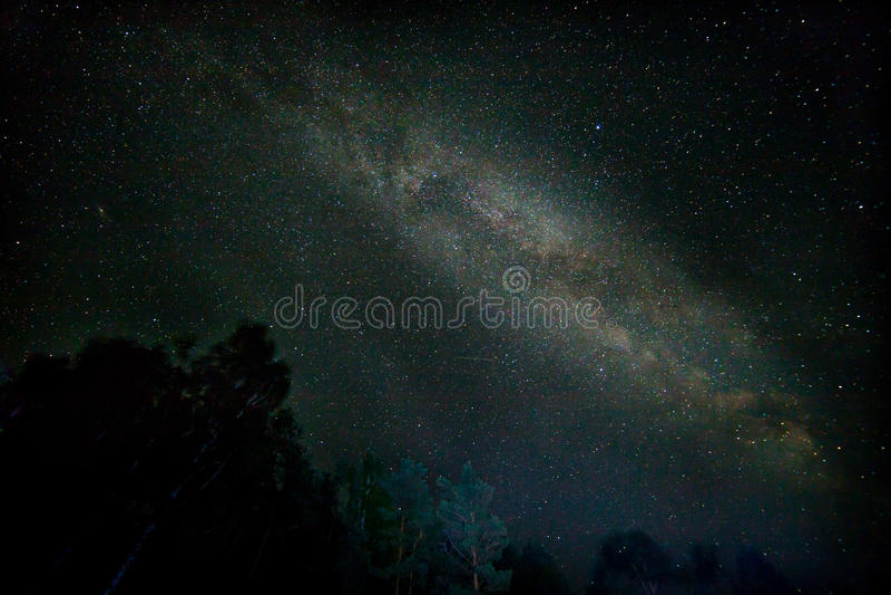 Nachtsternenklare Himmelszene lizenzfreie stockfotografie