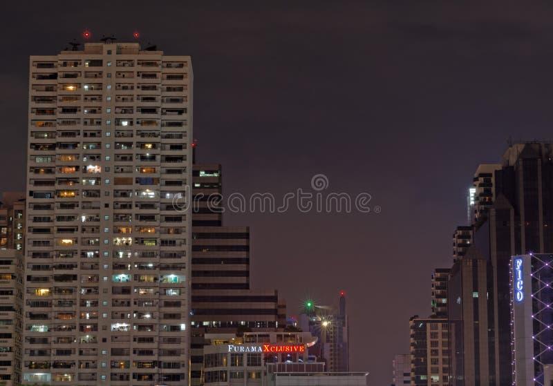 Nachtstraten van Bangkok royalty-vrije stock afbeeldingen