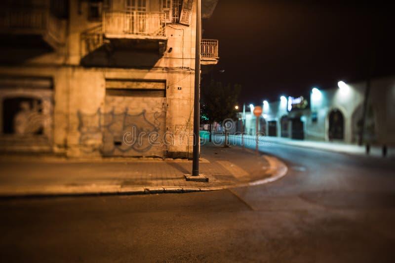 Nachtstraten van de oude stad stock afbeeldingen