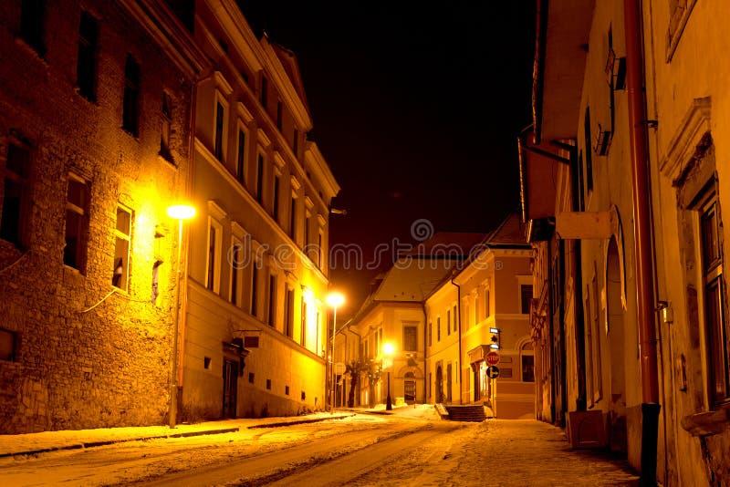 Nachtszene in der alten Stadt lizenzfreie stockfotos