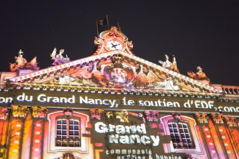 Nachtverlichting van Plaats Stanislas in historisch centrum van Nancy stock foto's