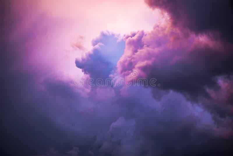 Nachtwolken stock foto