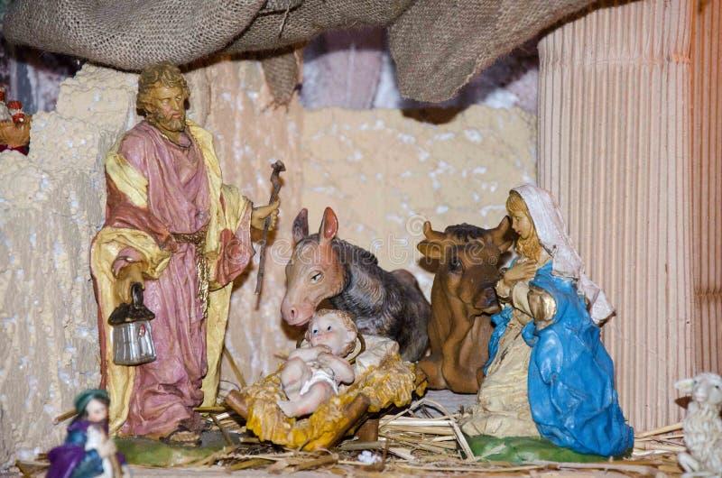 Nacimiento de Jesús en el pesebre en un italiano típico Presepe imágenes de archivo libres de regalías