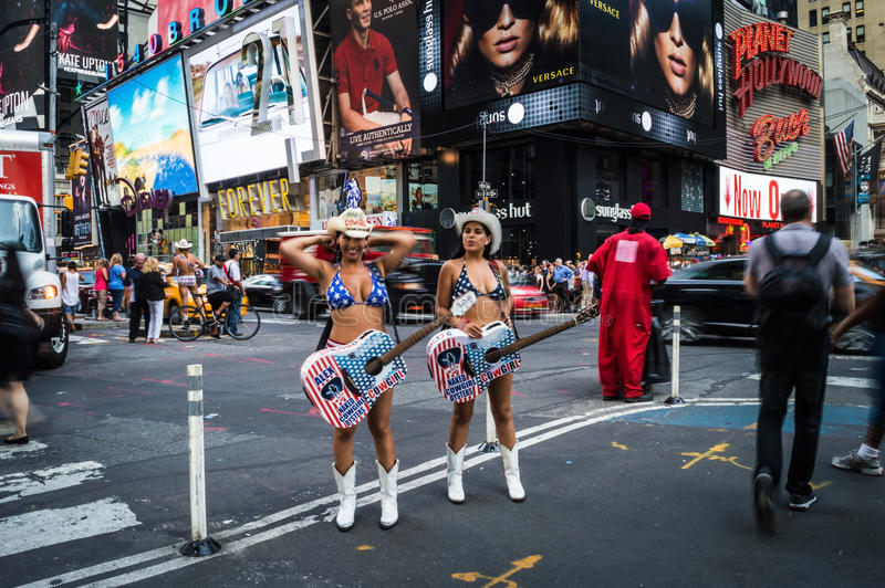 Nacktes Cowgirl-Times Square stockfotos