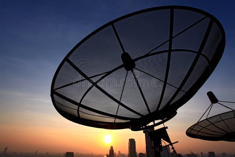 naczynie komunikacyjna satelita fotografia stock