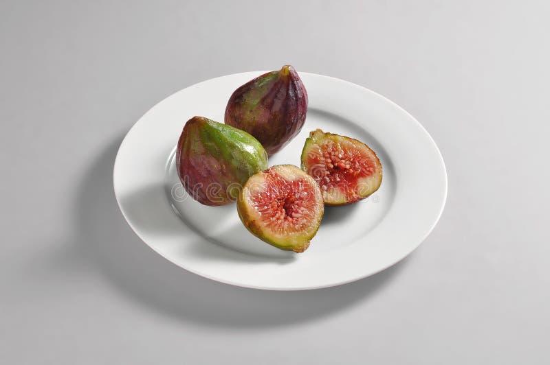 Naczynie z figi porcją obrazy stock