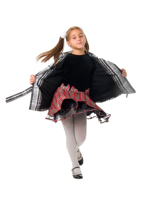 nad biały potomstwami śliczna dancingowa dziewczyna fotografia stock