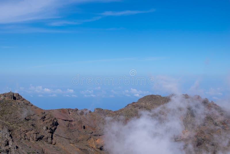 Nad chmury, powulkaniczny krajobraz przy Roque De Los Muchachos wysoki punkt na losu angeles Palmy wyspie, kanarki fotografia royalty free