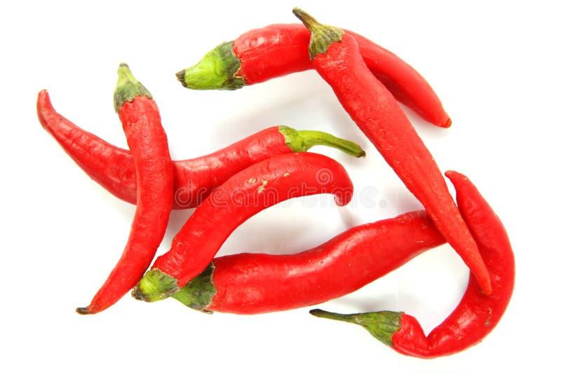nad czerwonym pieprzu biel gorący jalapeno obrazy stock