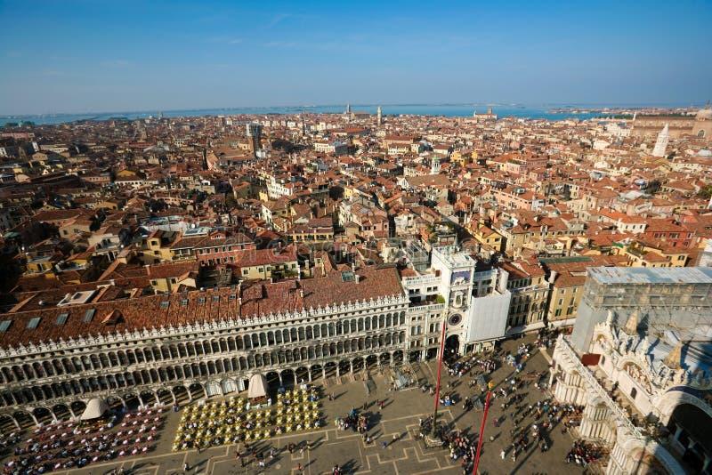 Download Nad Venice zdjęcie stock. Obraz złożonej z marconi, czerwień - 13331278