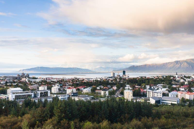 nad widok Reykjavik miasto w jesień wieczór obrazy royalty free